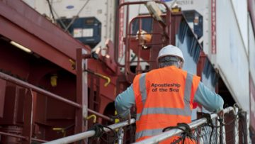 Port chaplain comes to aid of injured seafarer