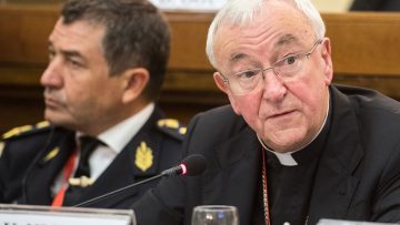 Cardinal Nichols: step up efforts to combat human trafficking