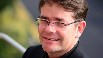 Australian Jesuit author and film critic arrives in Bristol for speaking tour