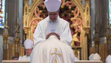 """Apostolic Nuncio brings """"thanks and prayers"""" of Pope Francis to New Auxiliary Bishop of Birmingham"""