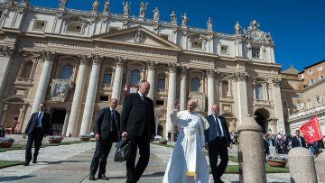 Pope opens Bishops' Synod on 'Young People, the Faith and Vocational Discernment'