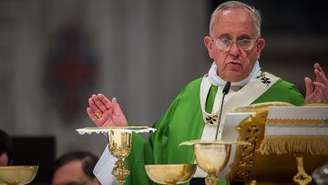 Holy See statement on the celebration of Mass ad orientem