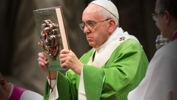 Pope at Mass: May common difficulties lead to greater unity