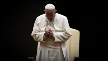 Pope at Easter Urbi et Orbi: 'Risen Christ is hope that does not disappoint'