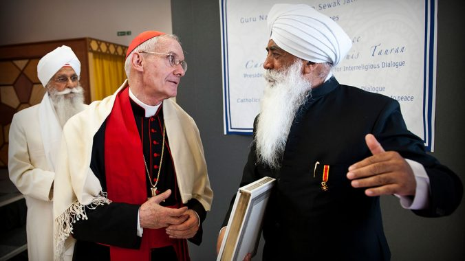 Cardinal Tauran meets with the Sikh community in Birmingham