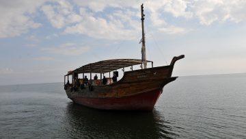 boat-1200-800