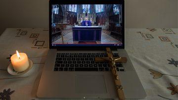 Cardinal: #PrayForPriests during Holy Week