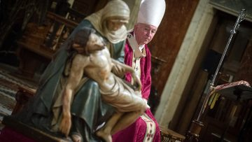 Cardinal celebrates Mass for victims of Covid-19 Pandemic