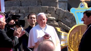 Pope prays in Mosul for victims of war and violence in Iraq