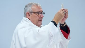 Bishop's Pause for Thought: Loving others, no matter what