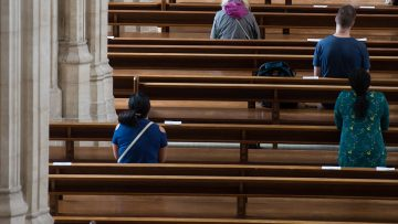 Pope: Celebrating Synod means walking together on the same road